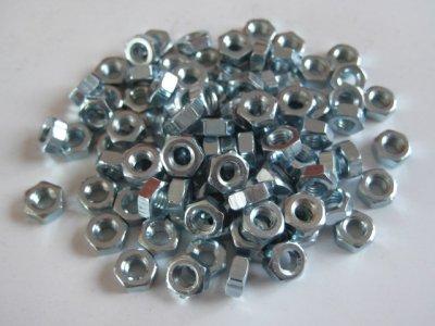 100 Stück Muttern Sechskant M4 DIN 934 verzinkt