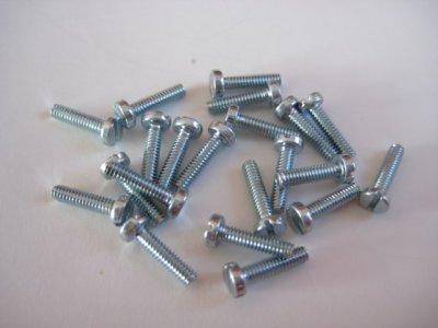 20 Stück Zylinderkopf-Schraube Schlitz M2 DIN84A 4.8 verzinkt