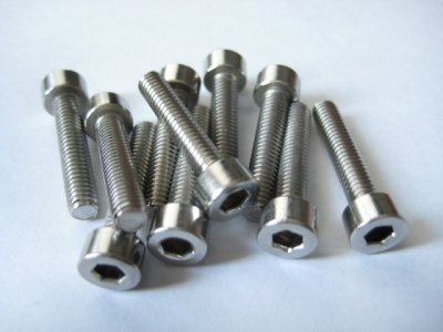 10 Stück Edelstahl Zylinderkopf M4x20mm Inbus Niro A2-70 DIN 912