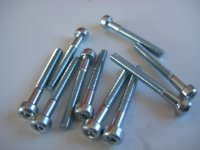 screws zinc plated